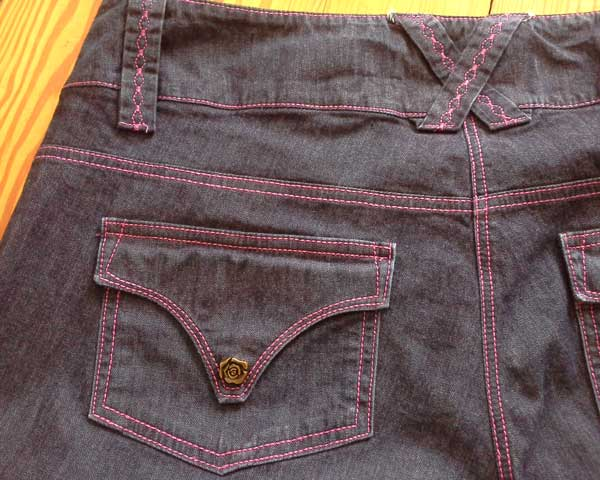 Self-made Jeans, back detail